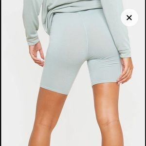 PRETTYLITTLETHING Sage High Waist Cycle Shorts
